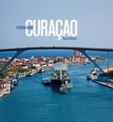 Fotoboek Flying over Curacao - Karel Tomei   Scriptum